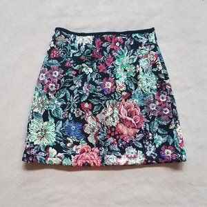 NWT Floral Quilted Textured Skirt XS